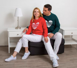 "Family Sweatshirt ""Deeply in Love"""