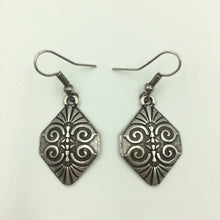 Irida Earrings Small