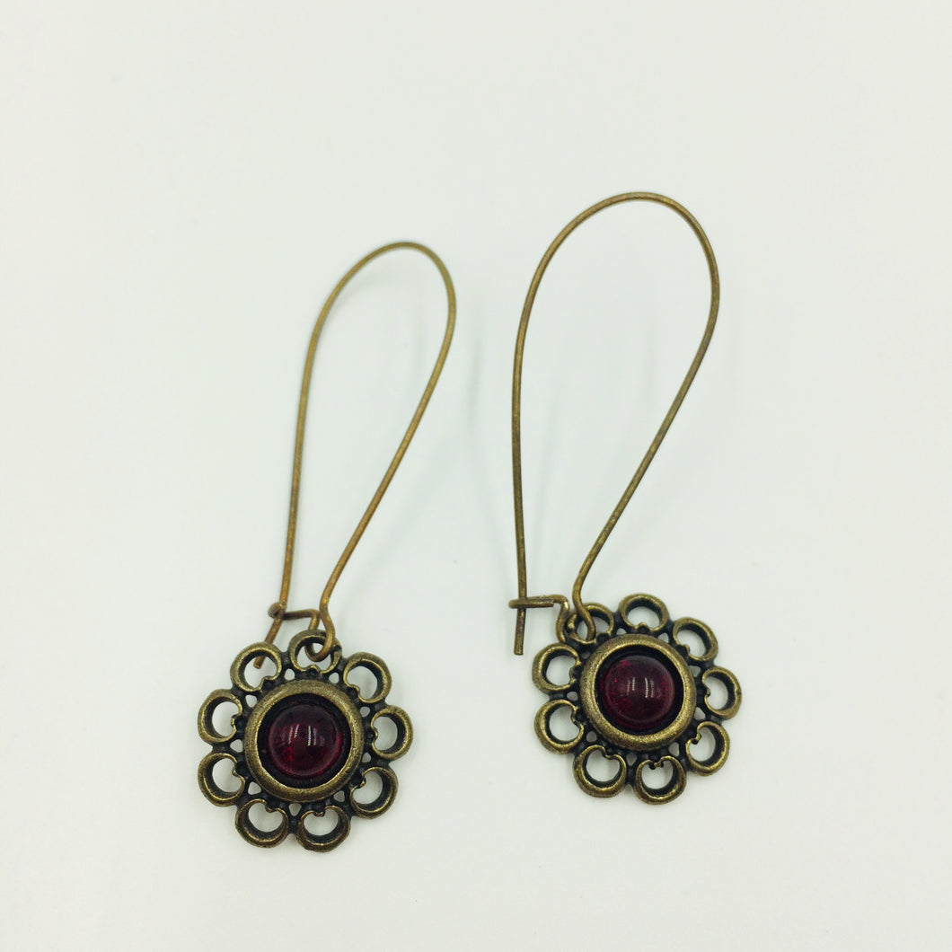 Dacia Earrings Bronze Ruby