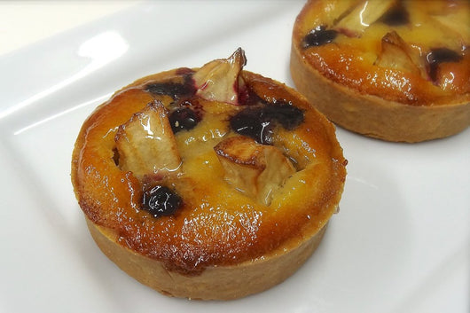 Box of 6 Individual Apple & Blueberry Tarts