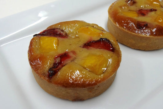 Box of 6 Individual Mango & Strawberry Tart