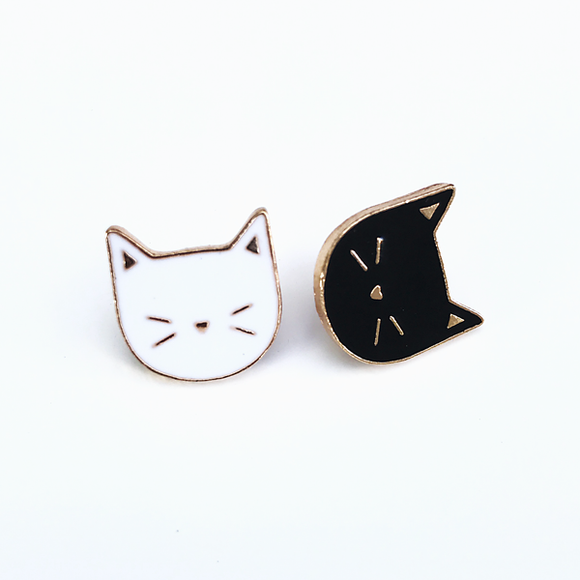 Black or White Kitty Face Enamel Pin Badge