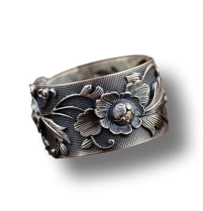 Vintage Gardenia Flower Ring in Pure 990 Silver - LifeIsNowEmporium