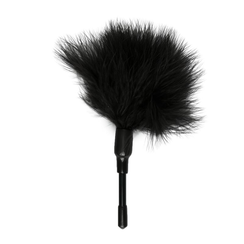 Small Feather Cutter - Black - 3