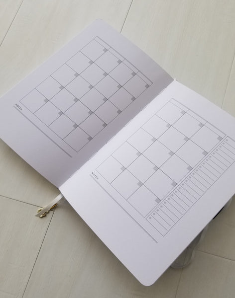 Daily Agenda - A 12 Month Book Of Plans