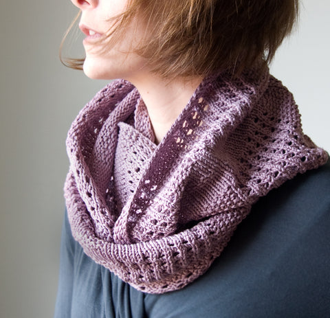 New Free Pattern: Canaletto Cowl for Spring. Spring?