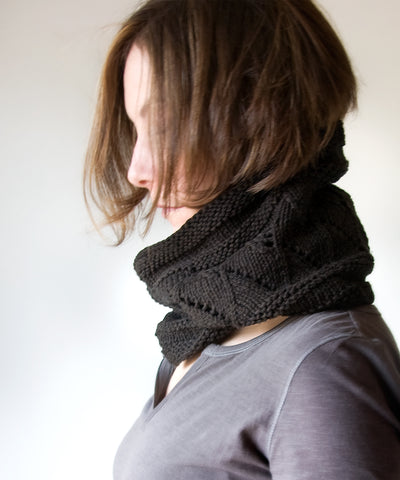 Free Knitting Pattern: New Bittersweet Cowl