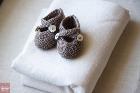 Baby Knitting Patterns: Saartje's Bootees