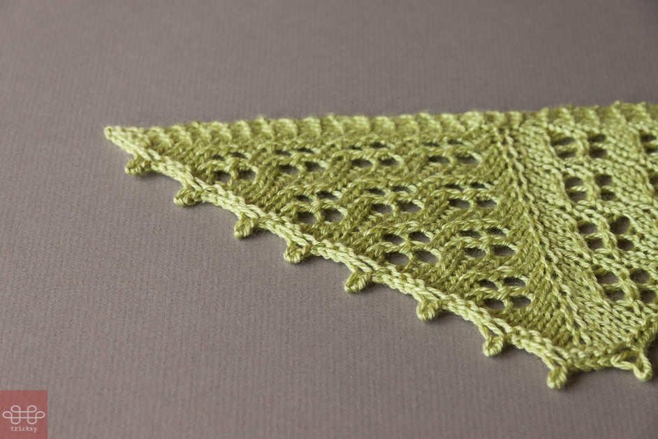 Tricksy Knitter: Learn to knit triangular shawls