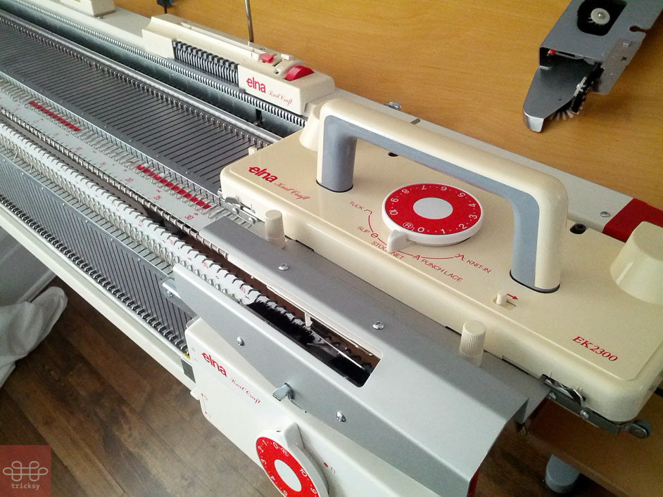 Elna knitting machine on Tricksy Knitter