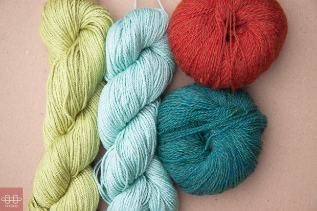 choosing yarn colors