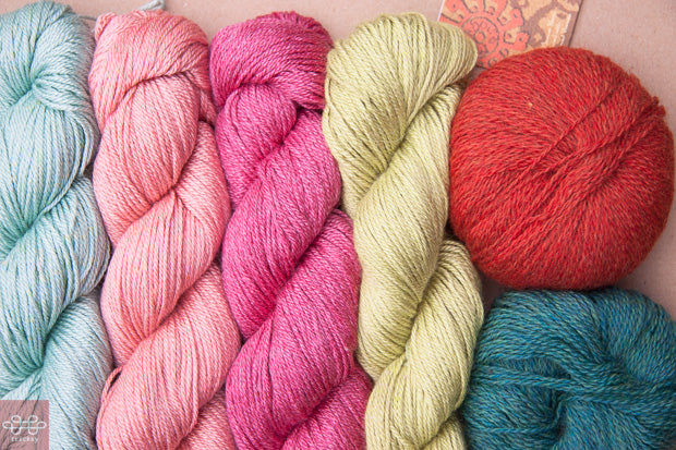 complementary color in yarn