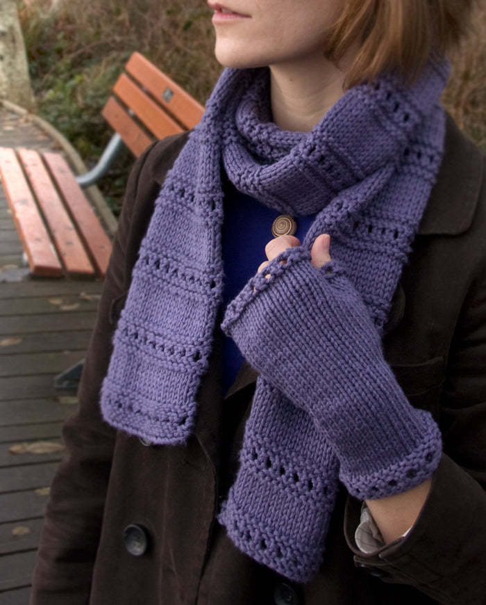 Free Knitting Pattern Beginner Scarf and Mitts