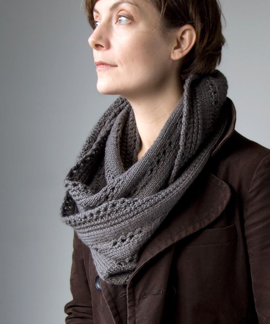 Chandelle Cowl-Downloadable knitting pattern-Tricksy Knitter