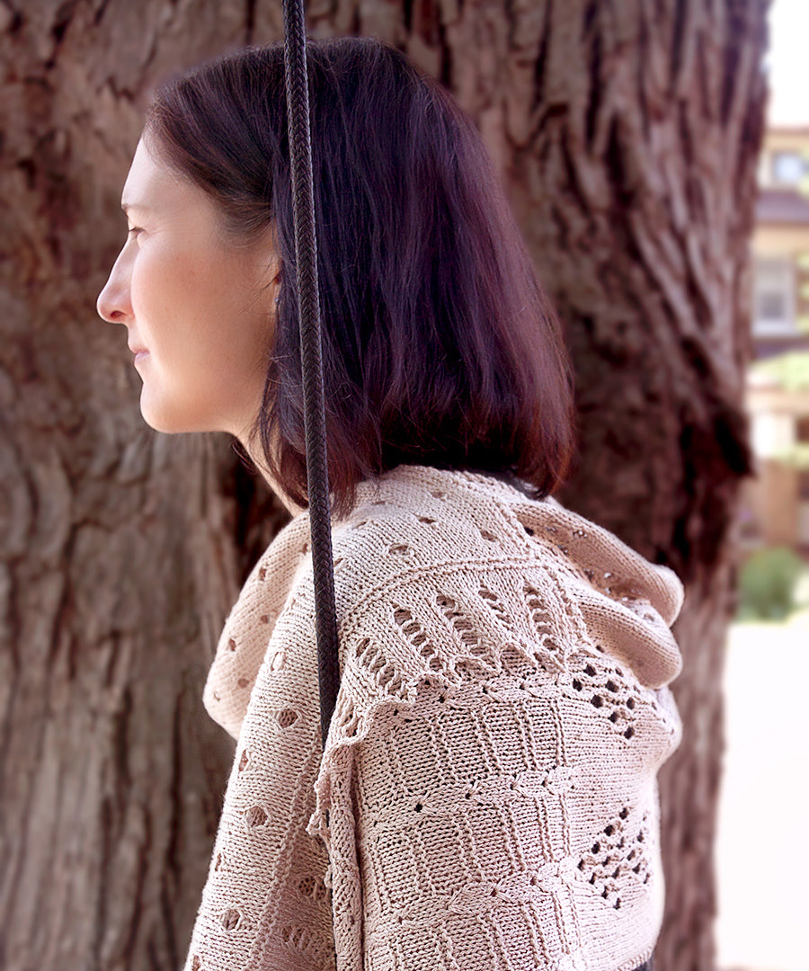 Claro Wrap-Downloadable knitting pattern-Tricksy Knitter