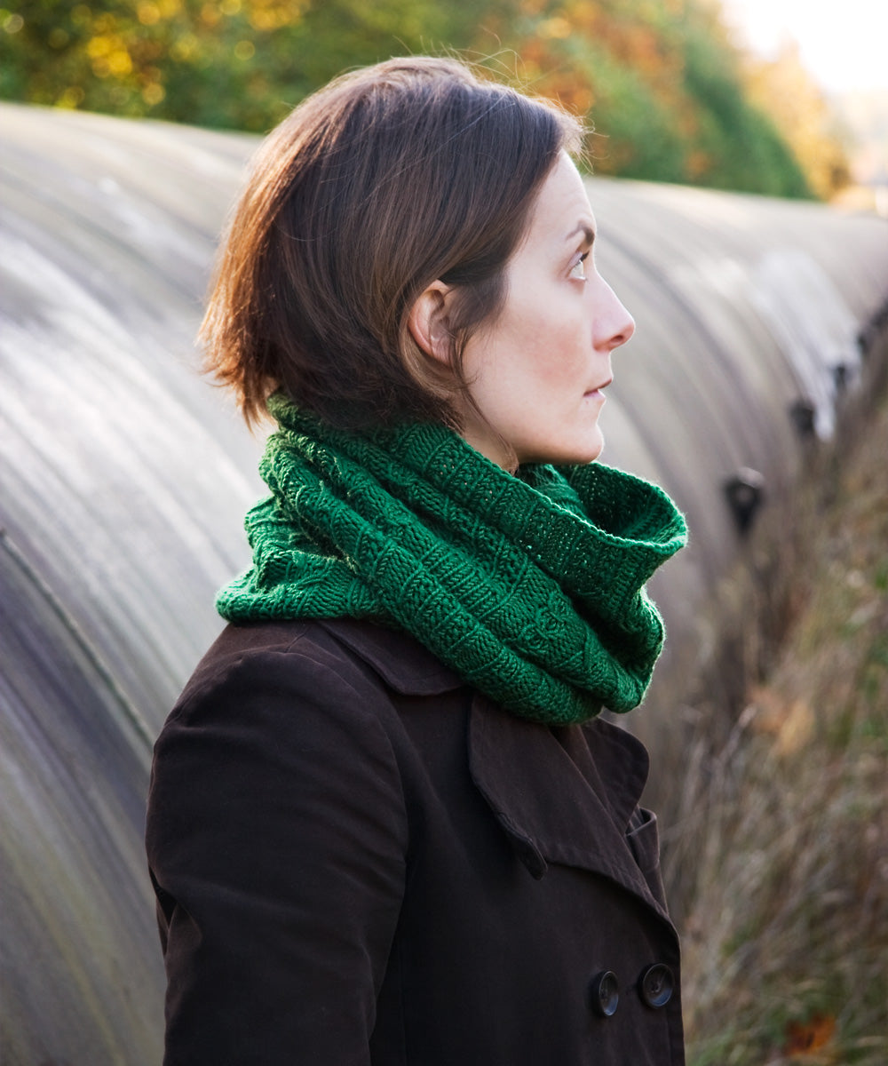 Ferguson Cowl-Downloadable knitting pattern-Tricksy Knitter