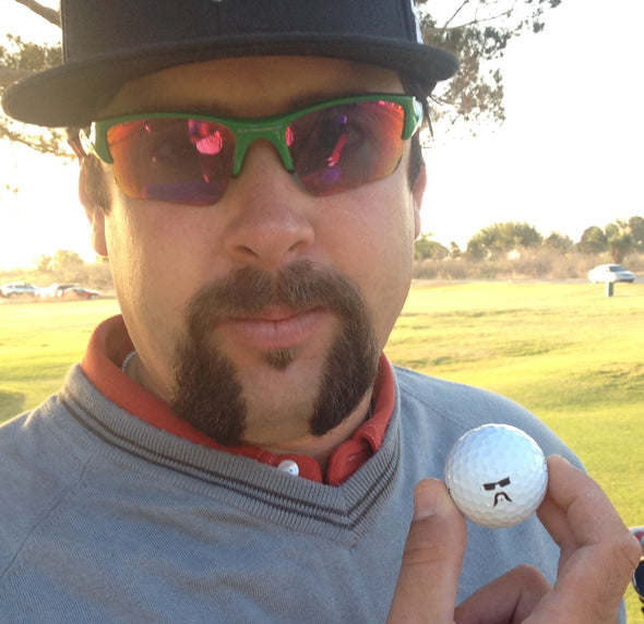 Andres Gonzales showing his custom golfdotz