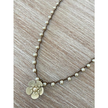 Load image into Gallery viewer, Buttercup Flower Necklace  (2 Colors)