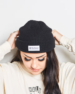 Knit Beanie w/ Patch *2 colors available*