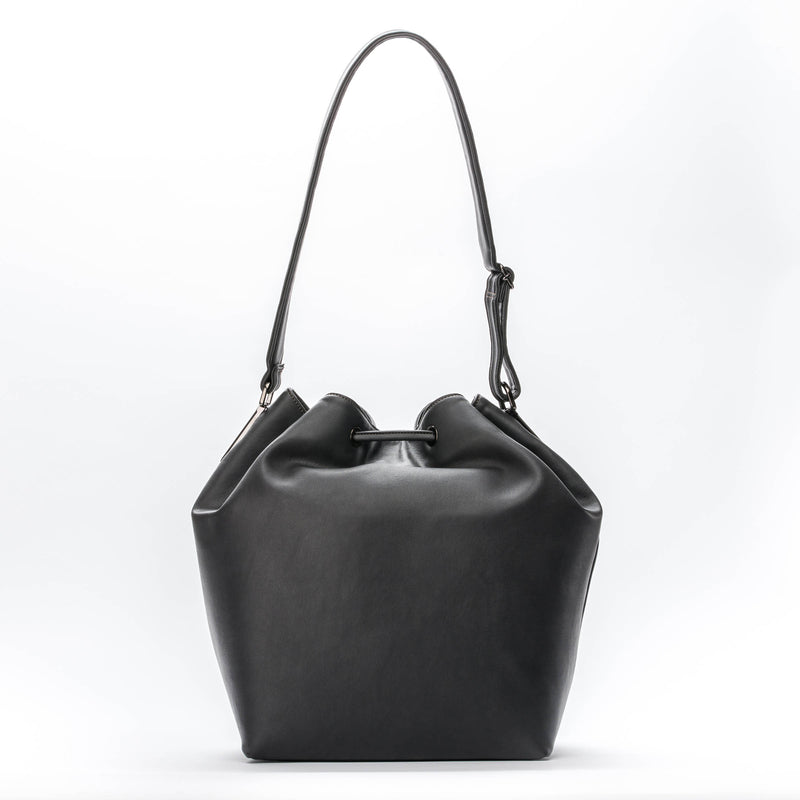 Vegan bags Vegan handbags Vegan luxury Sustainable handbags/ fashion Cruelty-free handbags Handmade bags Peta certified vegan OSIER De Pijp bucket bag