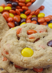 30 Cookie Sampler Package! Chocolate, Reeses, M&M & Heath