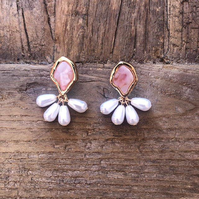 Pearl Dangle Earrings - Pink