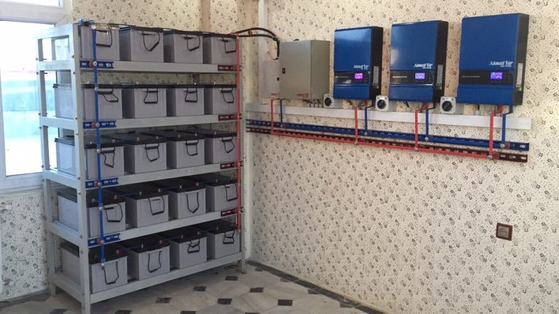 Sacolar 5kW Hybrid Inverter with 80A MPPT Inverter Wavetra Energy
