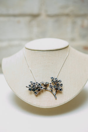 Fairy Tale Heliotrope necklace with 34 diamonds