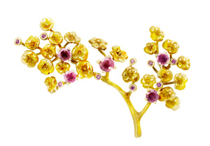 18 Karat Yellow Gold Heliotrope Brooch with Pink Spinels and Diamonds