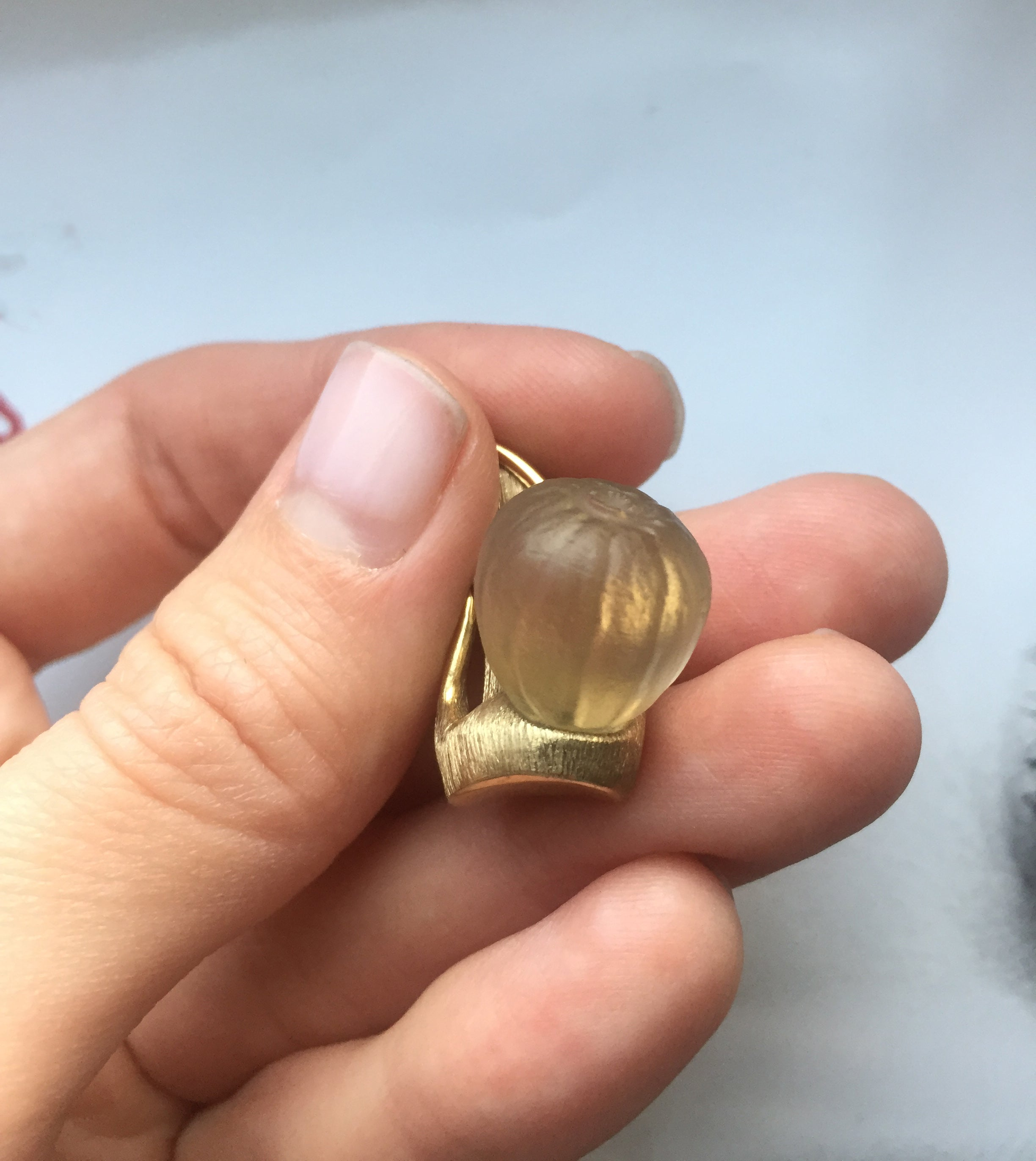 Fig pendant in 18 KT yellow gold