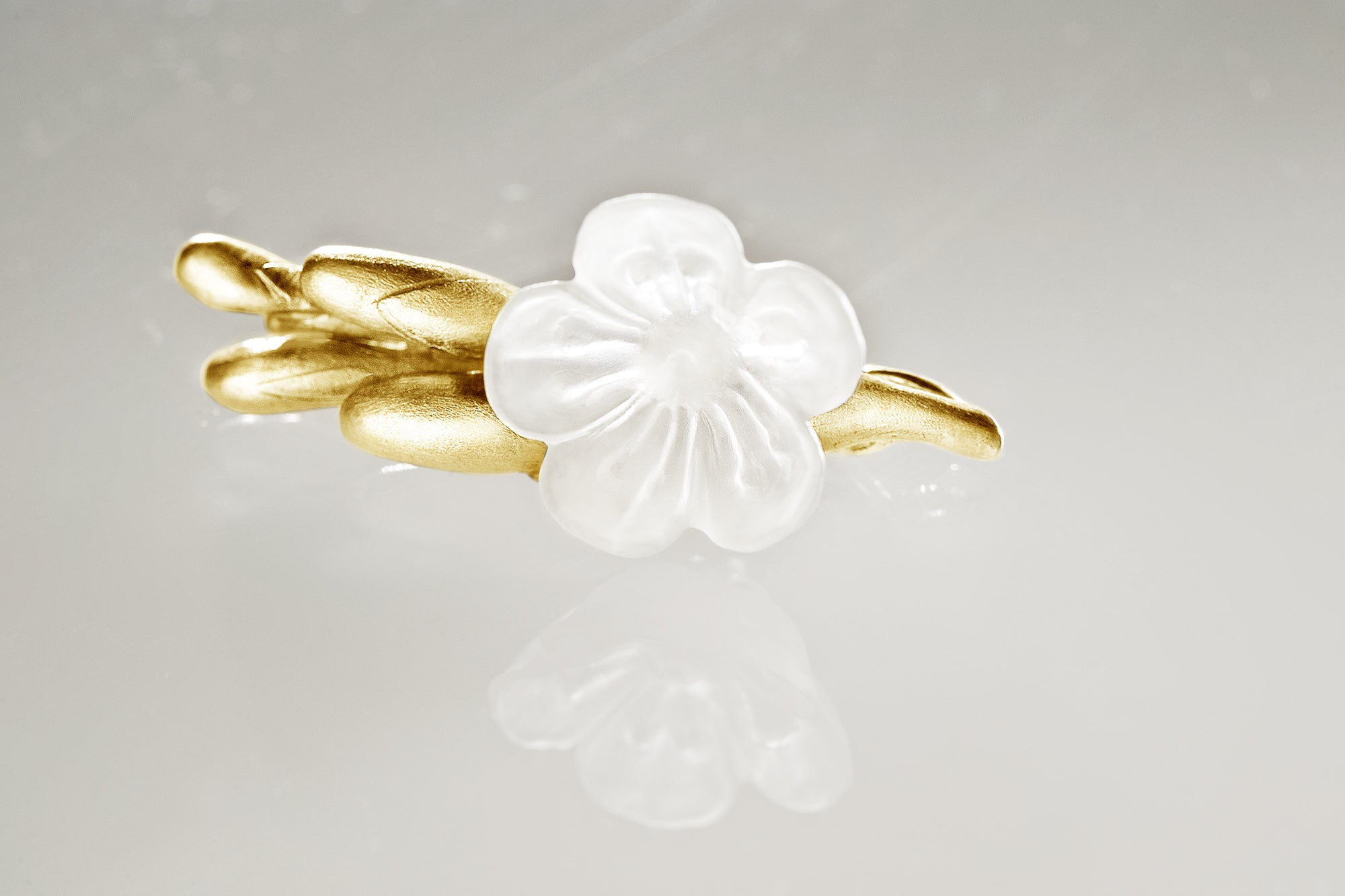 18 Karat Yellow Gold Freesia Contemporary Brooch with Quartz Flower