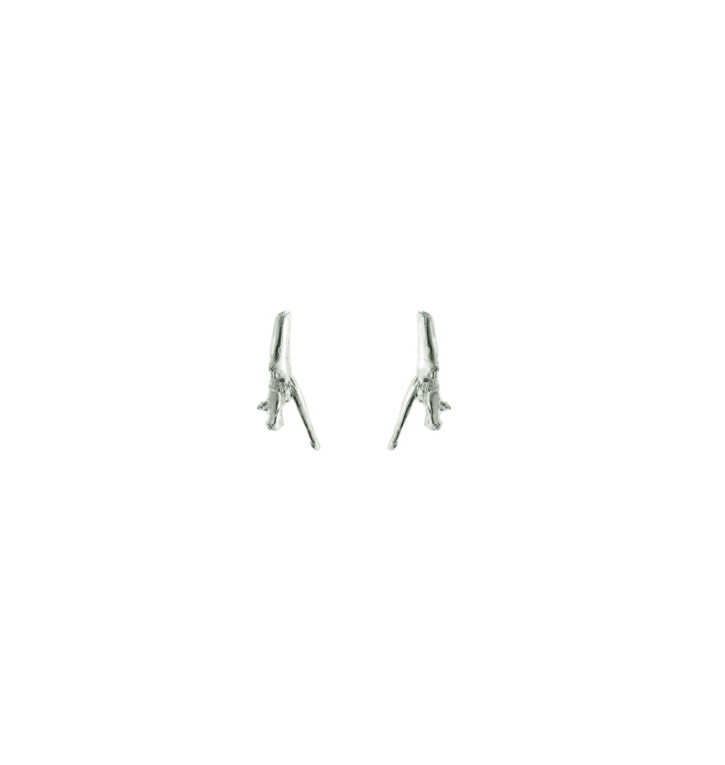 Tea Twig earrings in white gold