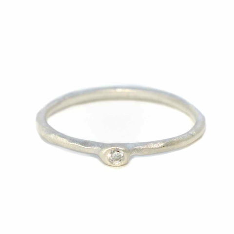 silver-ethereal-diamond-ring