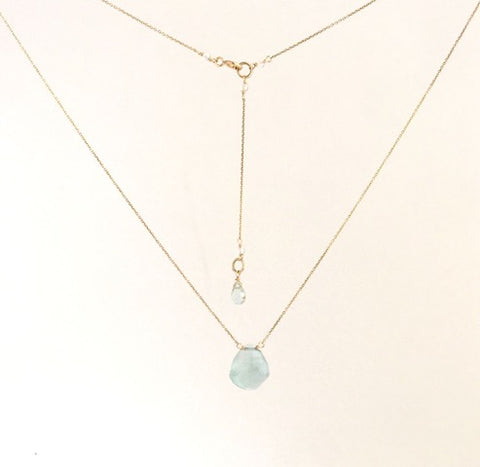 single-stone-necklace-blue-topaz