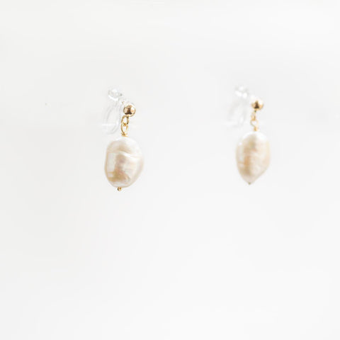 Pearl Gold Clip-on Earrings