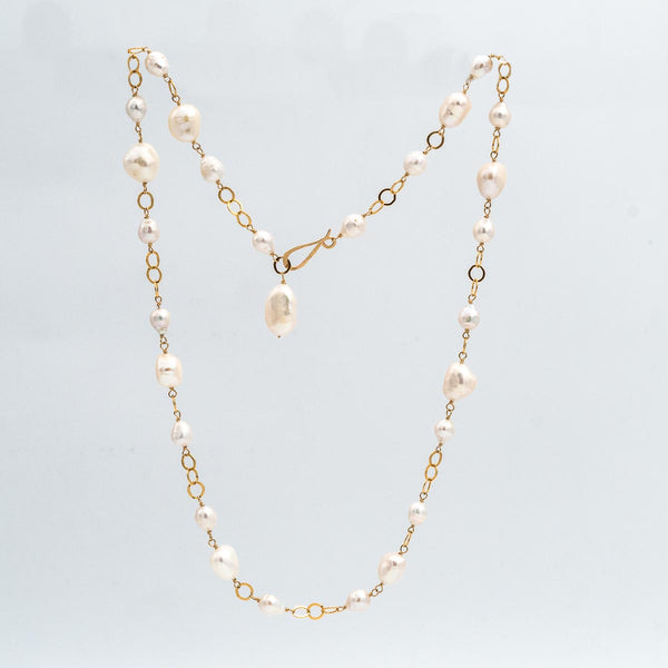 Baroque Pearls and Rings Necklace