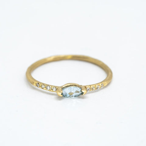 Oval Aquamarine Sparkle Ring
