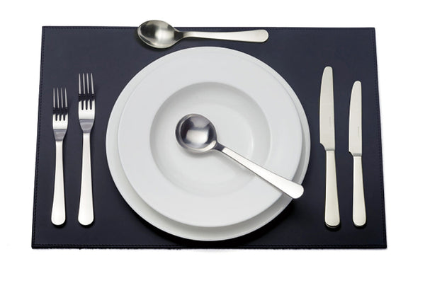 David Mellor Design Chelsea six-piece cutlery place setting. 1 table knife 1 dessert knife 1 table fork 1 dessert fork 1 soup spoon 1 dessert spoon.PRODUCT CODE 4994112.