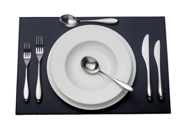 David Mellor City six-piece cutlery place setting 1 table knife 1 dessert knife 1 table fork 1 dessert fork 1 soup spoon 1 dessert spoon PRODUCT CODE 4991011