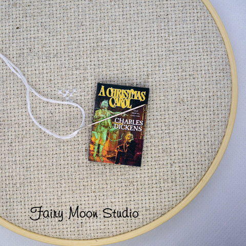A Christmas Carol Needle Minder