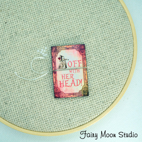 Red Queen Quote Needle Minder