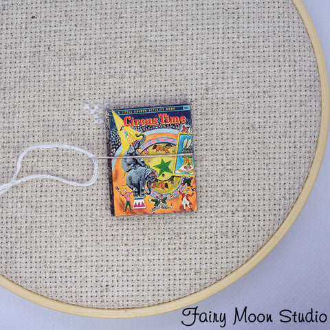 Circus Time Book Needle Minder