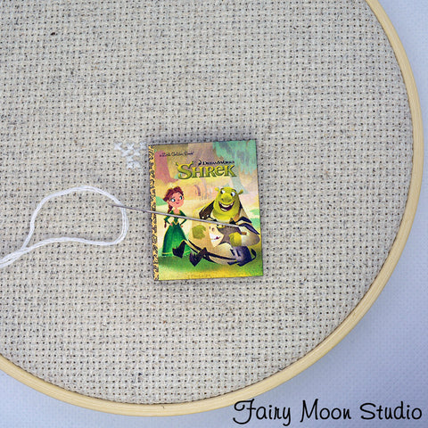 Shrek Book Needle Minder