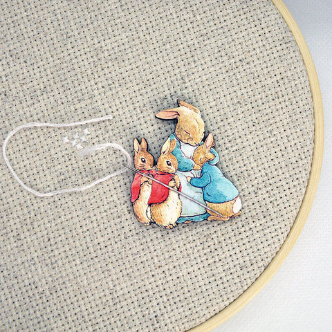 Peter Rabbit Family Needle Minder