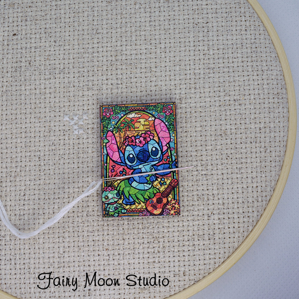 Stained Glass Stitch Needle Minder