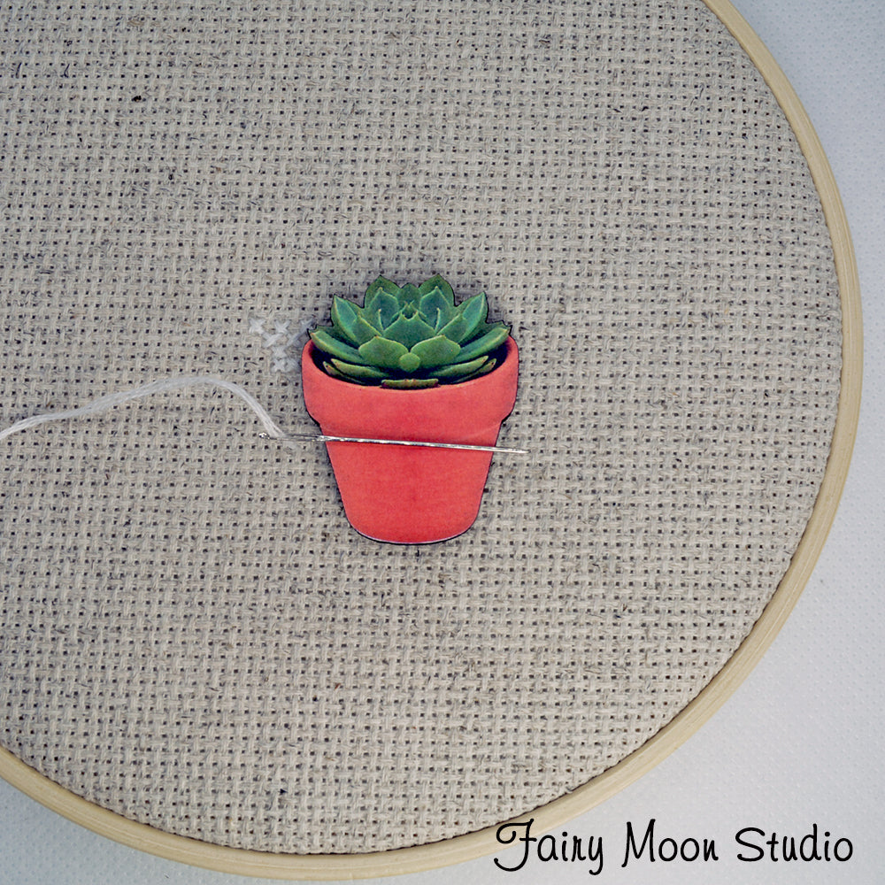 Succulent In Pot Needle Minder