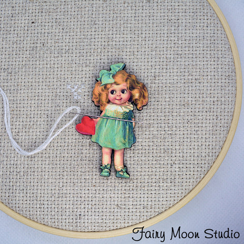 Vintage Girl with Heart Needle Minder