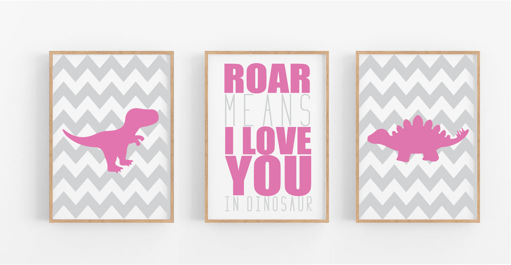ROAR MEANS I LOVE YOU, DINOSAUR SET