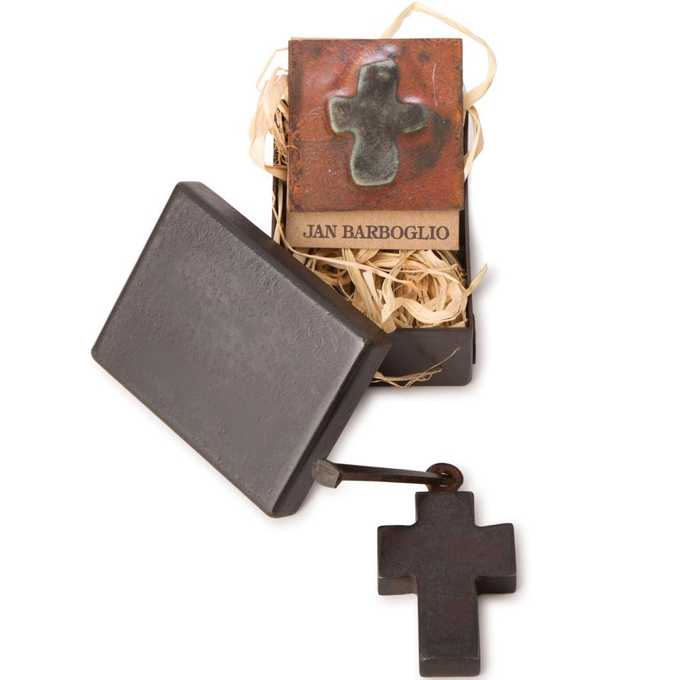 JAN BARBOGLIO HOUSEBLESSING CROSS BOX W/CROSS, NAIL & CARD
