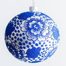 THOMAS GLENN CHRYSANTHEMUM ORNAMENT
